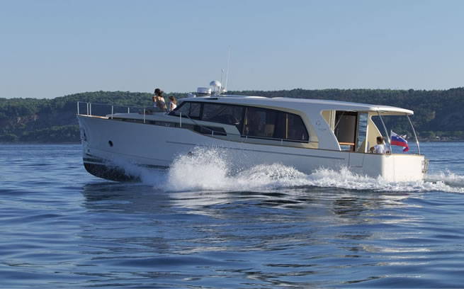 Greeline 40, hybrid powerboat