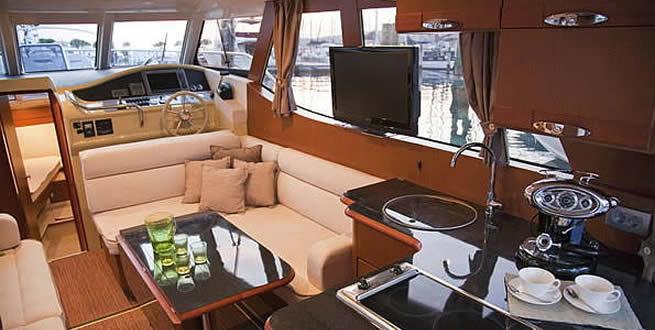 GreenLine Hybrid power boats from Sunbird International